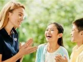 网络英语外教一对二哪家好?和一对一比怎么样?