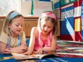 小孩报英语班的利与弊