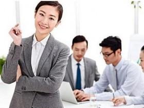 「成人英语培训」成人英语网上外教哪个好?