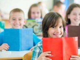 说说线上英语一对一哪家好,孩子和大人报班如何选择