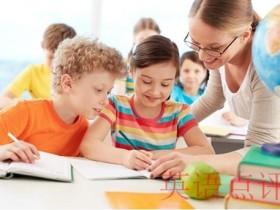 幼儿上英语补习班有用吗?在线英语培训班哪个好呢?