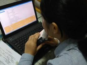 """少儿英语网课是""""线上好""""还是""""线下好""""?那种比较有优势"""