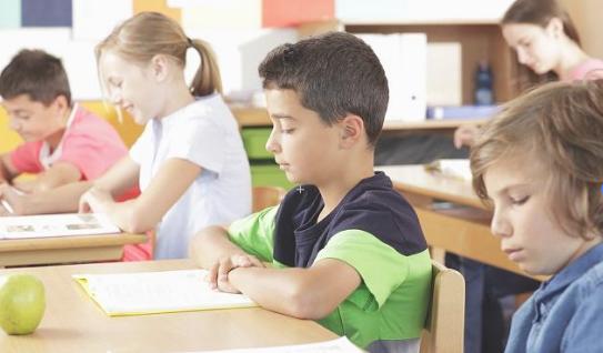 线上学英语价格多少,一年收费标准多少钱