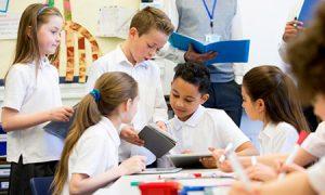 说说点评在线英语培训好,优势教学平台资料整合